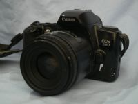 '  50mm MACRO LENS NICE SET ' Canon EOS 500 SLR Camera + 50mm MACRO Lens + Strap £39.99